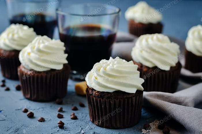 Chocolate cupcakes with ricotta cream frosting