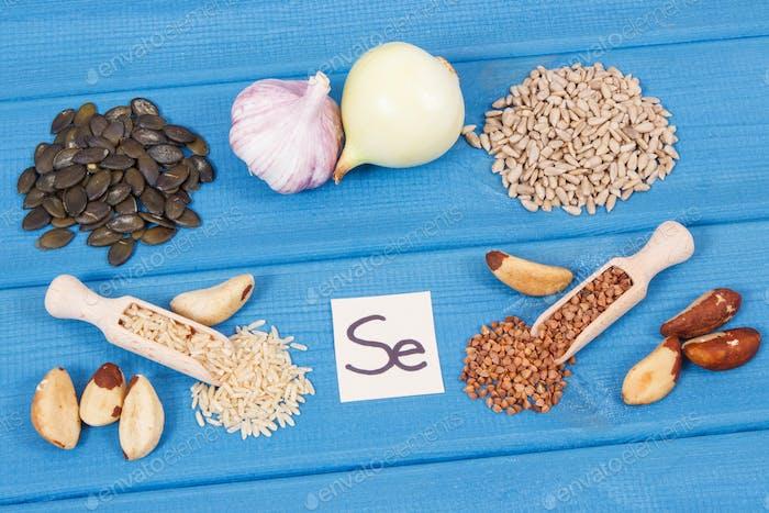 Natürliche Inhaltsstoffe oder Produkte als Quelle Selen, Mineralien und Ballaststoffe