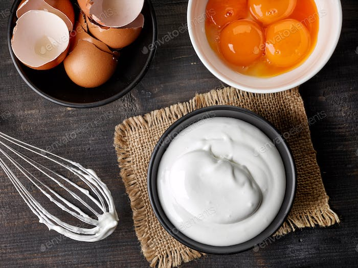 bowl of whipped eggs whites