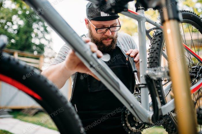 Bicycle mechanic repair bike, cycle workshop