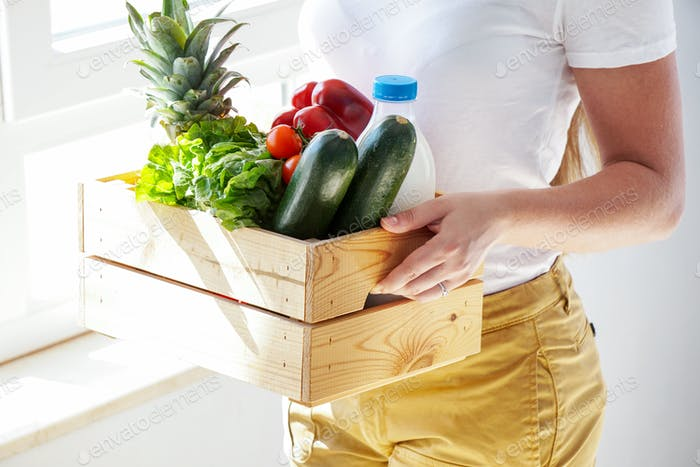 fresh eco vegetabes and milk home delivery