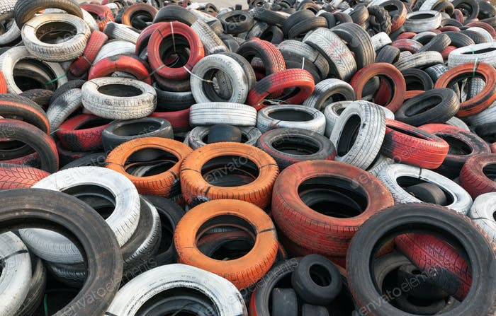 Dump Gebrauchtwagen Reifen