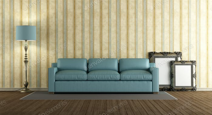 Blue leather sofa in a classic living room Foto von ...