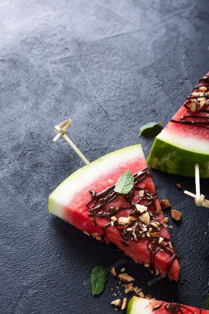 Watermelon slice popsicles with chocolate