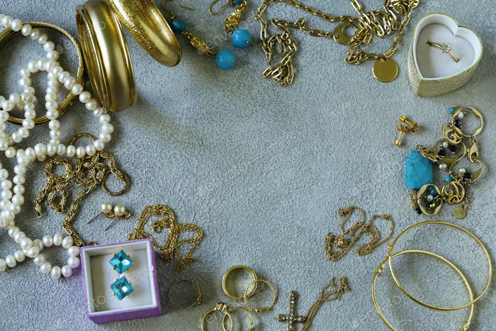 Gold Jewelery - Chains, Rings
