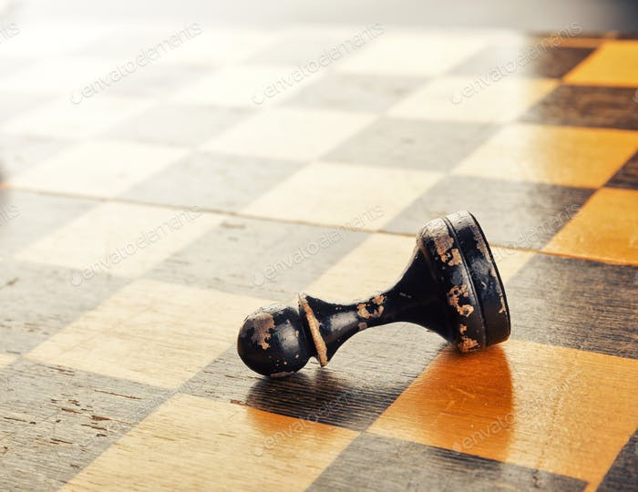 Chess figures