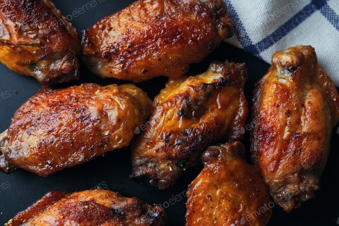 The beautiful brown color barbecue chicken wings