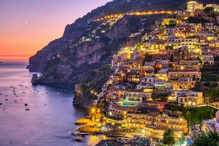 Das berühmte Dorf Positano