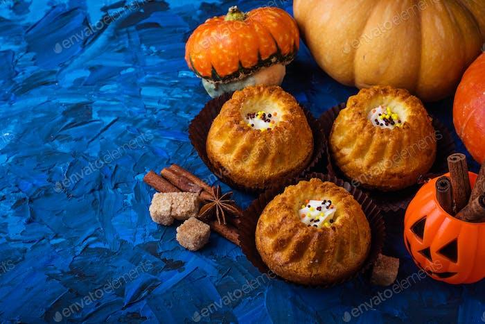 Hausgemachte Kürbis-Gewürz-Cupcakes