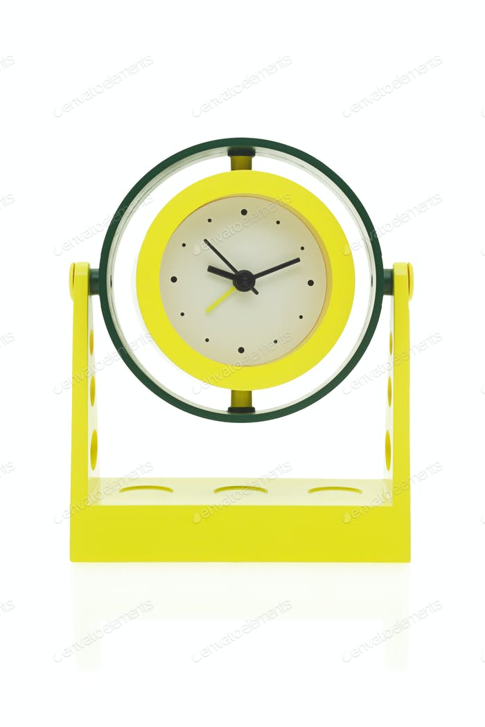 Electronic alarm clock