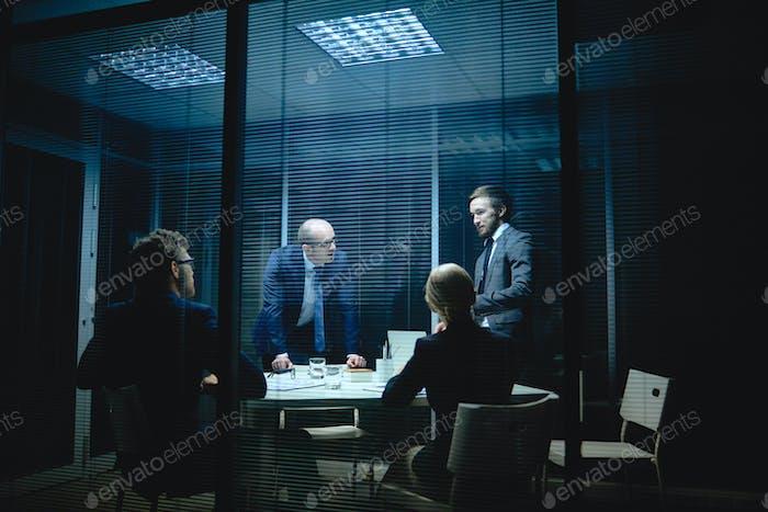 Gente en reunión