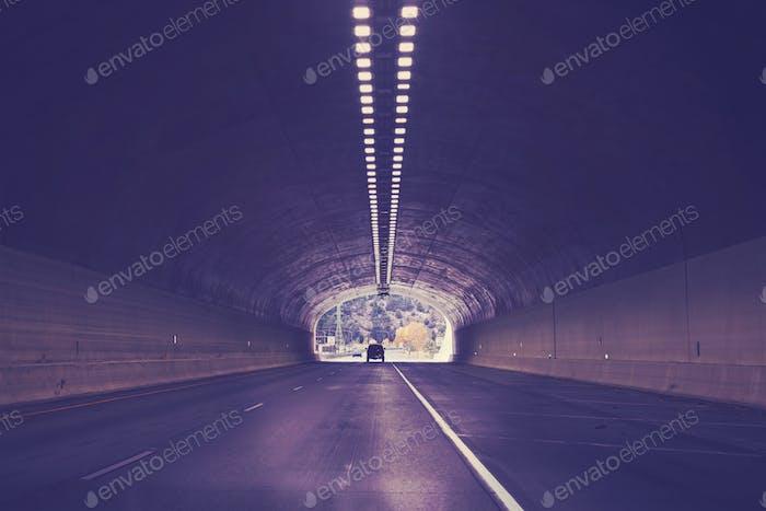 Tunnel auf der Interstate Highway 70, Colorado, USA.
