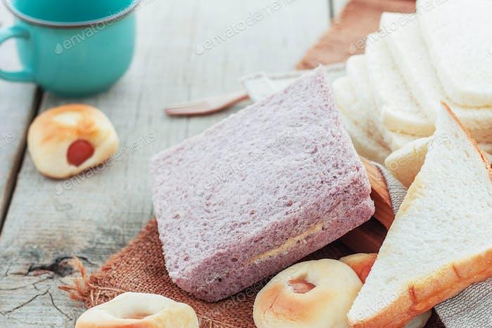Cream bread on sackcloth