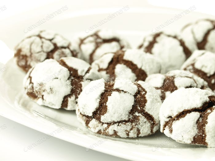Cracked cookies, isolated