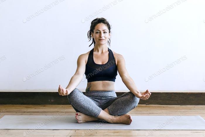 Yoga como alivio del estrés