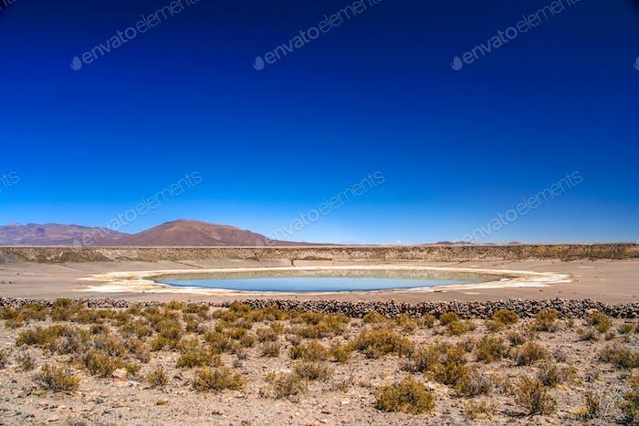 Großer Krater in Altiplano