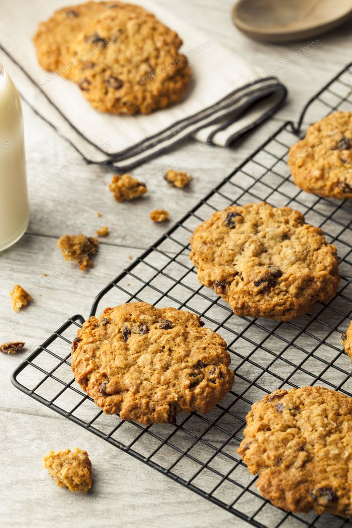 Homemade Oatmeal Raisin Cookies