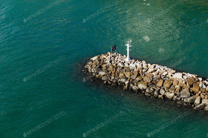 Wave breaker stone