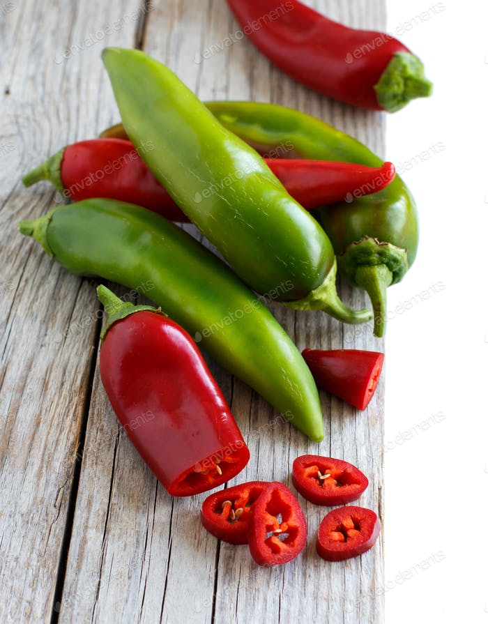 Red and green sweet peppers