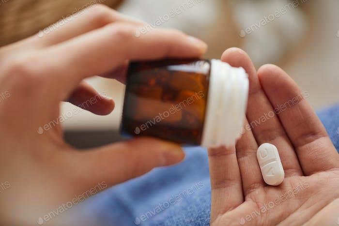 Einnahme von Medikamenten im Krankenhaus