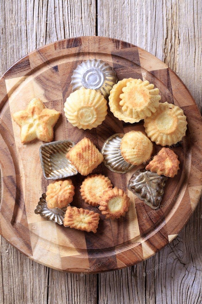 Tart shells and baking pans