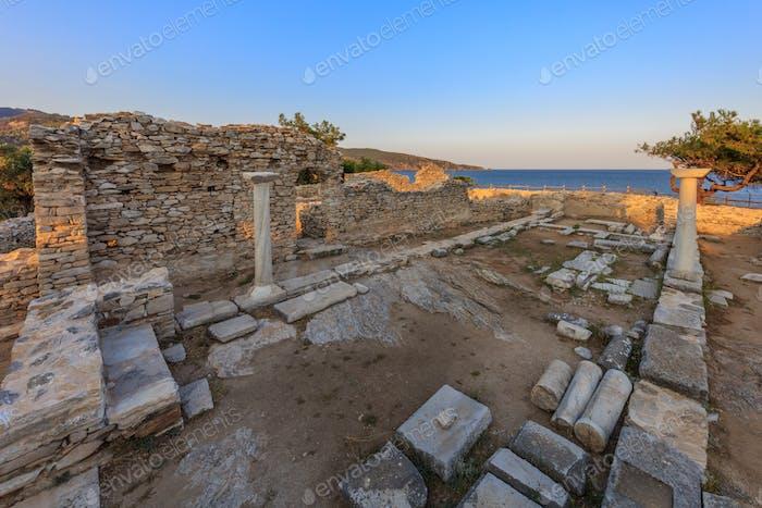 Ruinen des alten Dorfes in der archäologischen Stätte von Aliki. Thassos, Griechenland