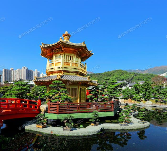 chinesischer Garten mit Pavillon