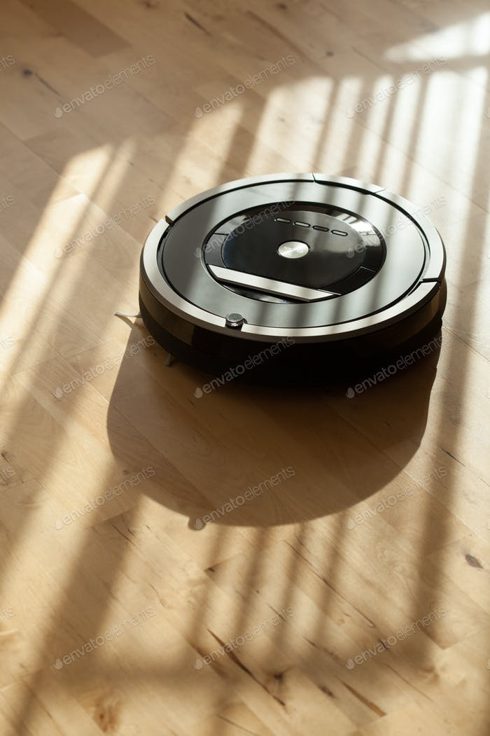 Roboter Staubsauger auf Laminat Holzboden Smart Cleaning Tec