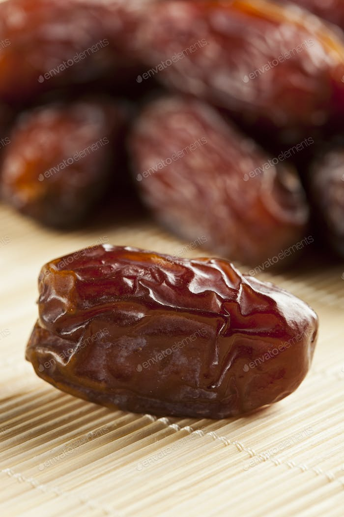 Fresh Organic Raw Brown Date Fruit