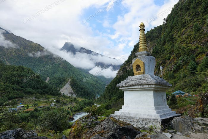 Tibetan Buddhist Stupa on the way to Phakding i
