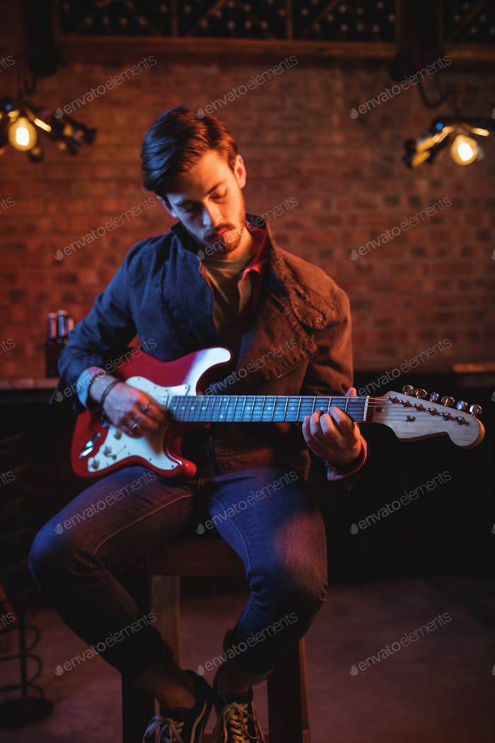 hipster, nightclub, bar, pub, counter, professional, skill, expertise, casual clothing, guitar, elec