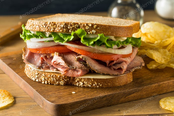 Homemade Roast Beef Deli Sandwich