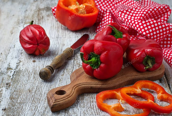 Frische reife rote Paprika