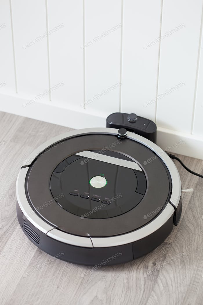 robotic vacuum cleaner charging battery smart cleaning technolog