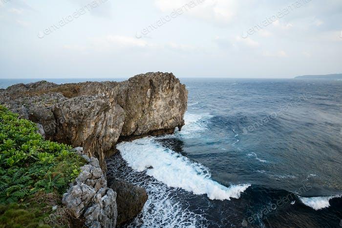 Klippe über dem Meer