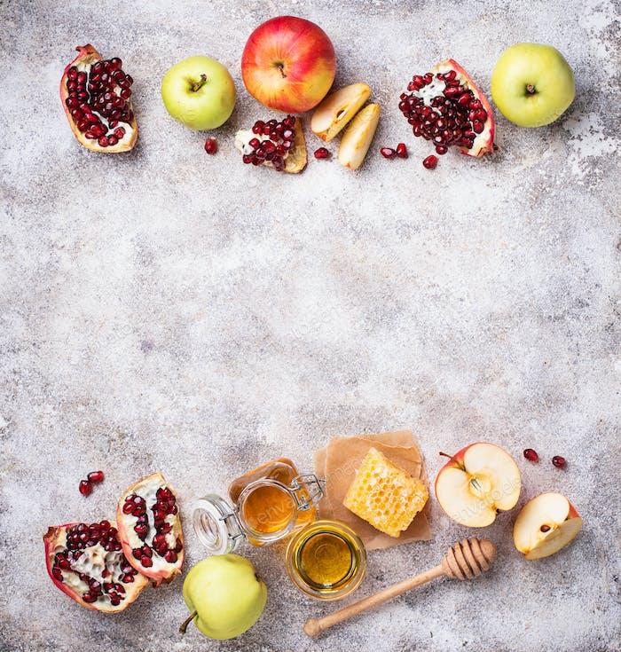Honey, apple and pomegranate for Rosh Hashana