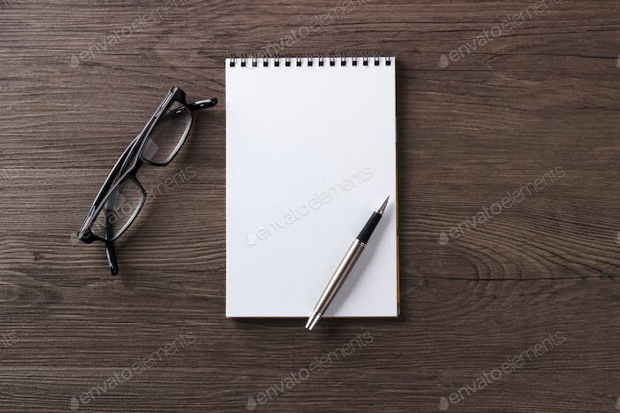 Empty notepad mock up