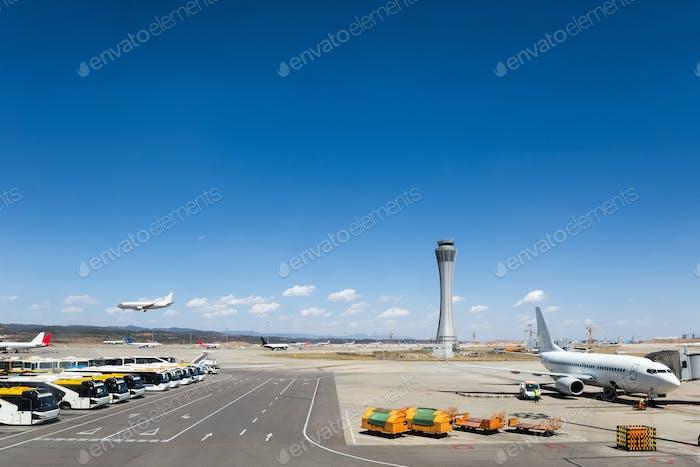 escena del aeropuerto