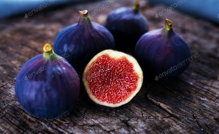 Delicious fresh figs