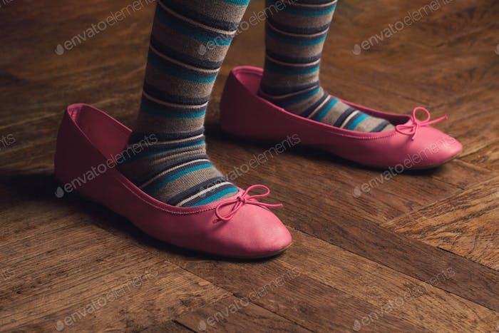 usar zapatos mamá