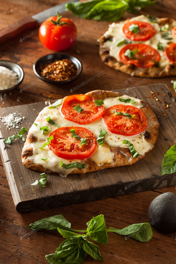 Homemade Margarita Flatbread Pizza