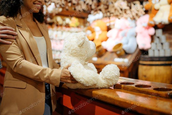 Love couple wins soft toy in amusement park