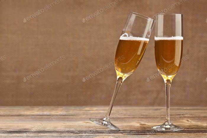 Cheers Konzept