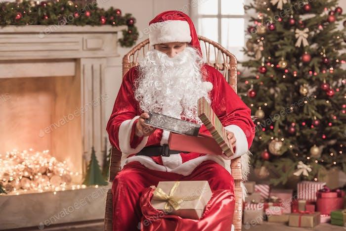 Frohes neues Jahr!  Santa