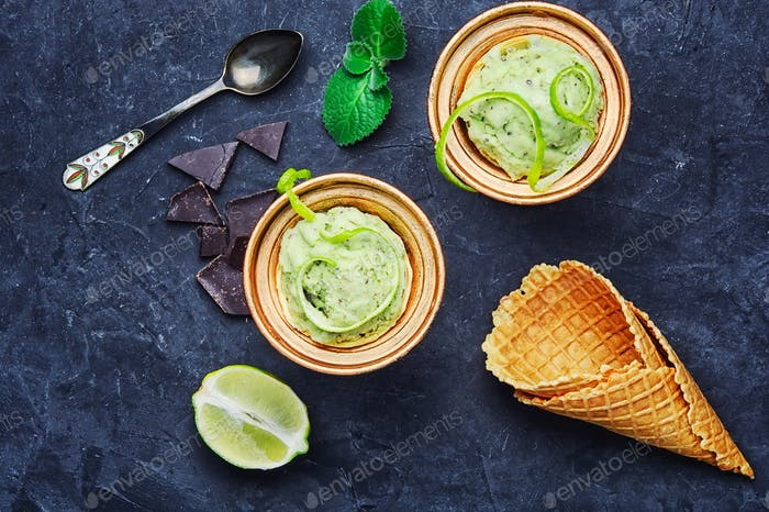 Ice cream with lime flavor