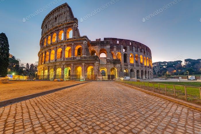 The imposing roman Colesseum in Rome