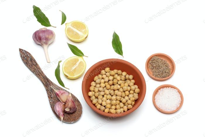 Garbanzos; Ajo; Limón y Sal