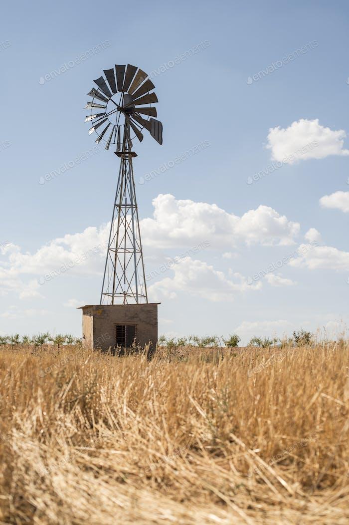 Antiguo molino de viento