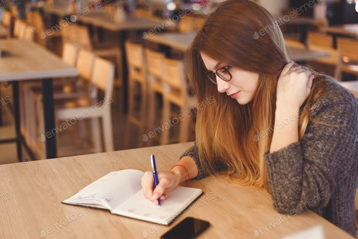Beautiful Young Freelancer Woman Studying And Learning