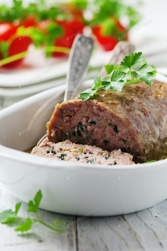 Fleischbrötchen mit Kräutern